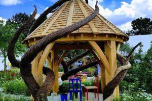 Oak frame garden building