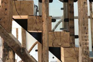 Oak baulk staircase rayleigh (1)