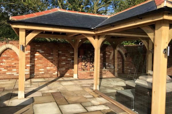 Essex Oak Frame Garden Room (1)