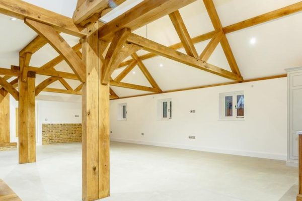 Essex Oak Frame Restorations (1)